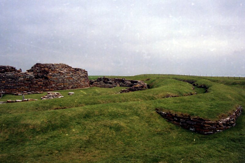Looking SE towards external defences at the Broch of Gurness.