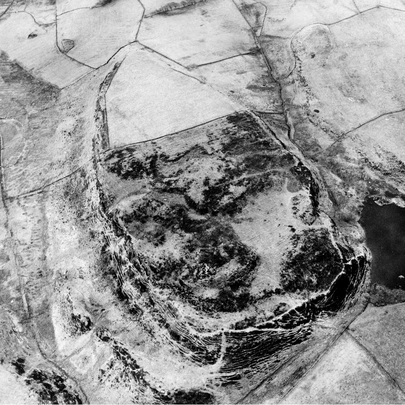 Aerial photograph of Walls Hill fort. Digital image of RE/1458.