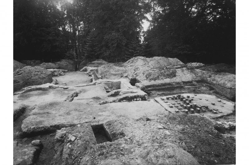 Excavation photograph: residence with hypocaust, bath etc, looking S.