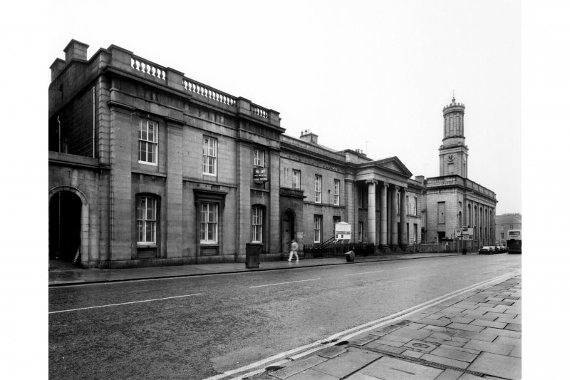 Aberdeen, King Street, Medica Building. View of exterior from South East showing principal facade.