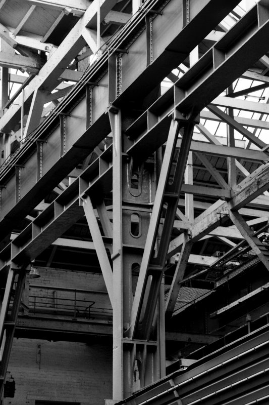 Glasgow, 1048 Govan Road, Fairfield Engine Works, interior Detail of gantry stage and bracing members for stanchion.