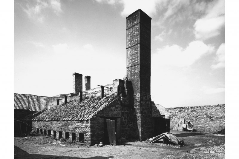 General view of kiln from SE, Blackpots brick and tile works, in 1971. Since demolished.