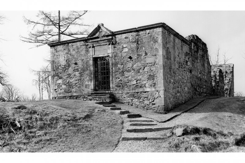 Dunstaffnage Chapel. General view of Dunstaffnage burial aisle from North-East.
