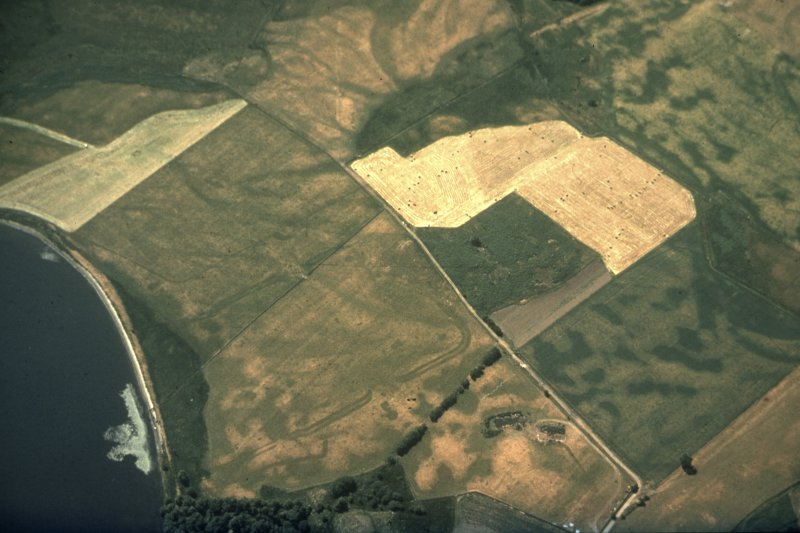 Oblique aerial view of Malling Roman Fort and temporary camp. RCAHMSAP 77 Master copy & 2 Duplicates