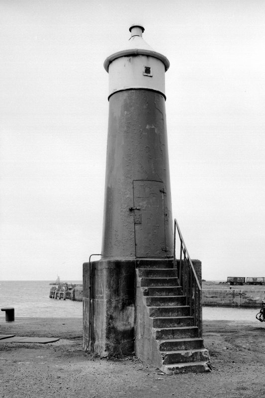 General view of leading lighthouse from East