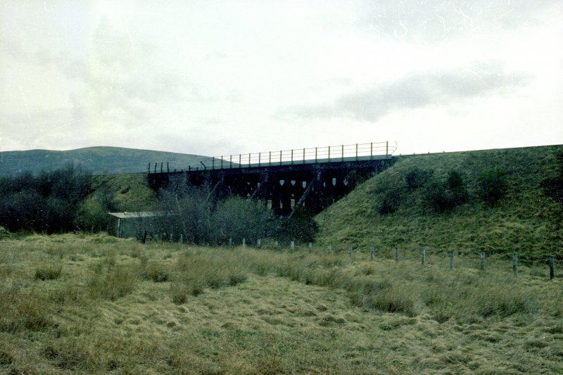 General view of viaduct
