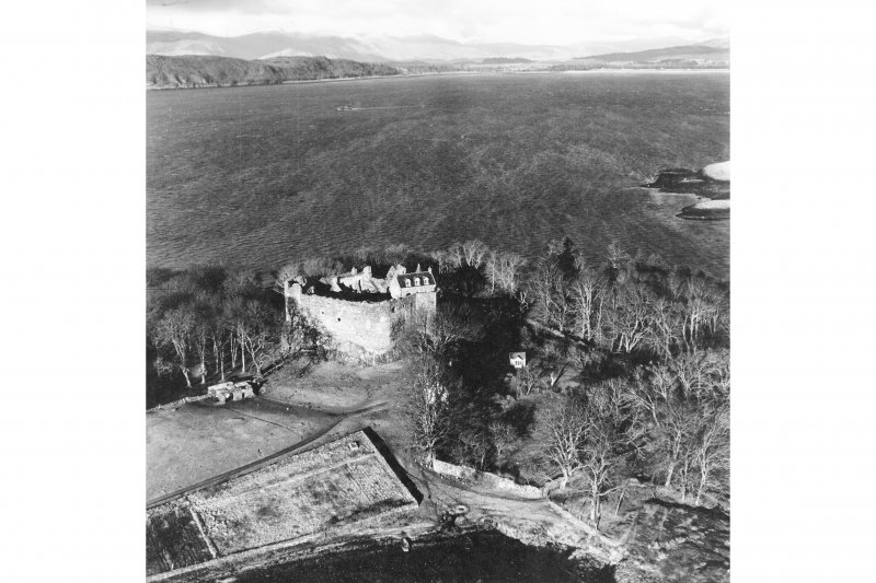 Dunstaffnage Castle. Aerial view from the South.