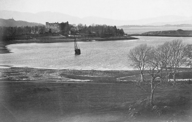 View of Dunstaffnage Castle from S.