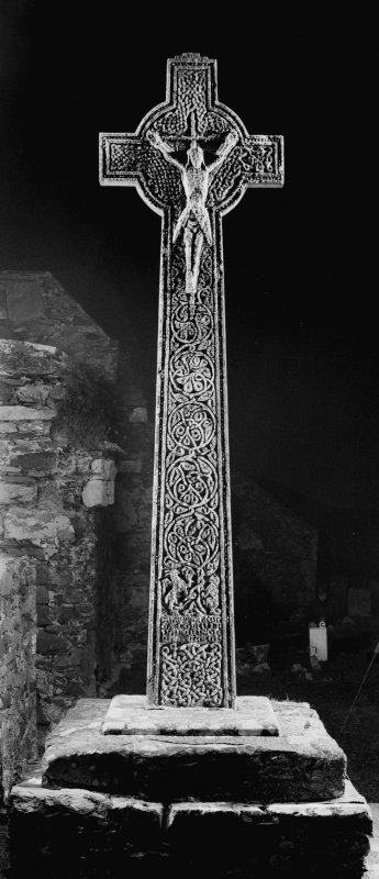 Oronsay Priory, Great Cross. General view from East showing interlace.