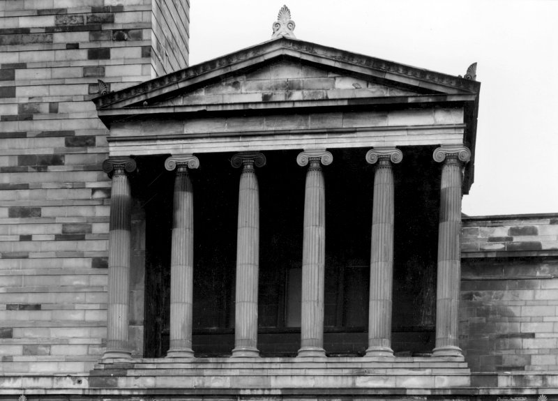 1 Caledonia Road, Caledonia Road Church View of portico