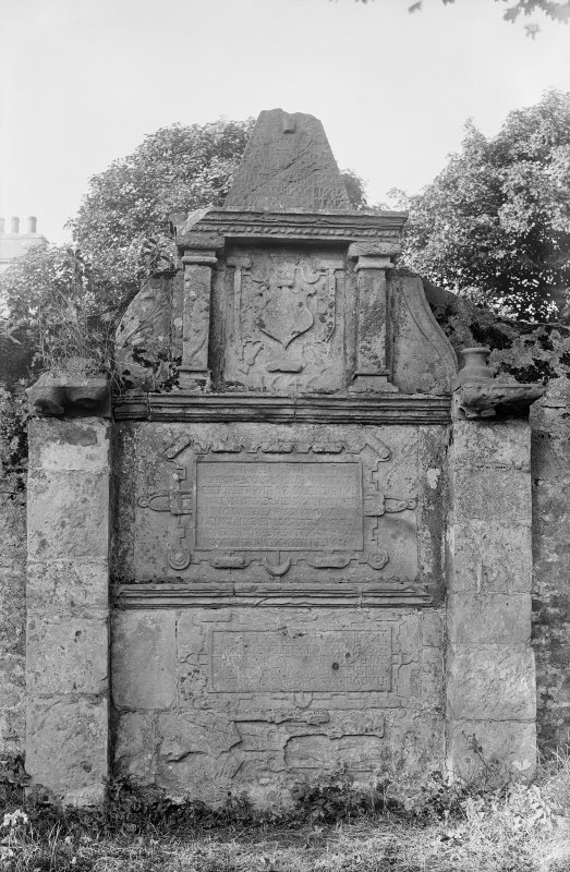 Crail, Marketgate, Churchyard. Bailie Andrew Daw (secundus), tombstone.