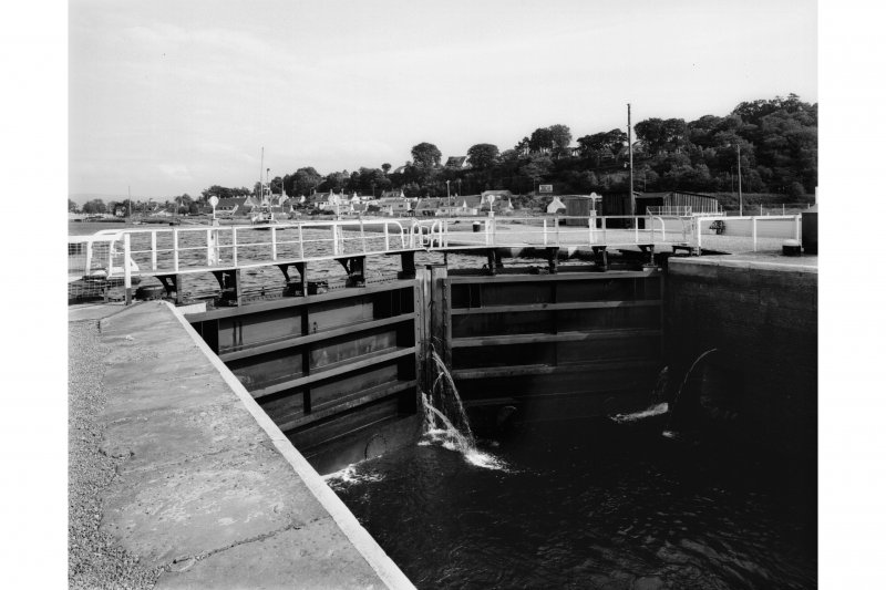 Clachnaharry Sea Lock View of entrance locks from West.