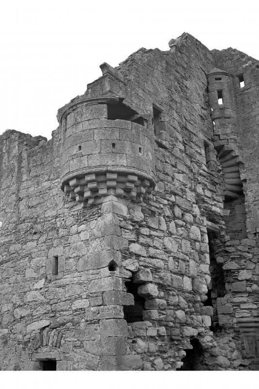 Ballone Castle. Detail of North West angle turret and pistol loop.