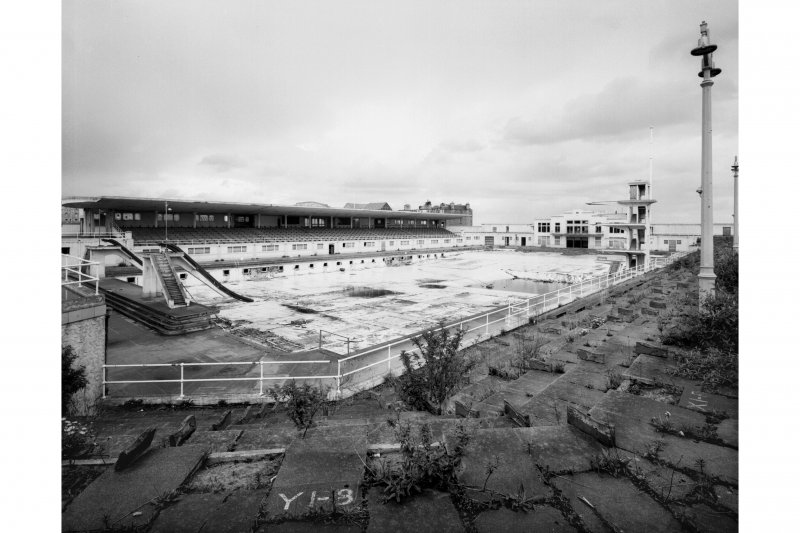 Portobello Swimming Pool, Rosebank Lane, Edinburgh. View of derelict pool from South.