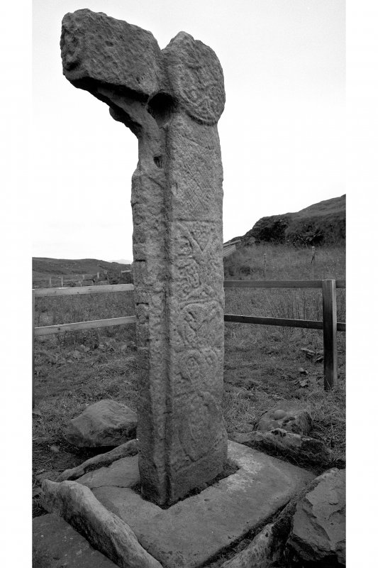 A'Chill, Canna. Free-standing cross. View of cross and cross-base.