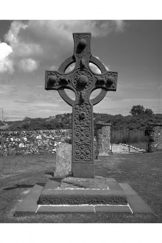 Kildalton Chapel, Cross View of Early Christian Cross from West
