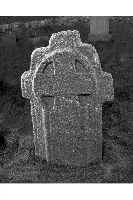 AG 4709/3 Soroby, Tiree. W side of Early Christian cross-slab.