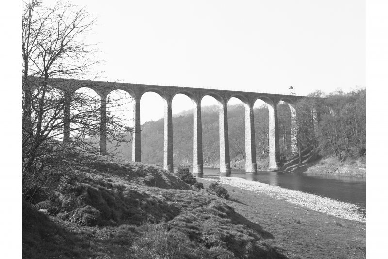 Leaderfoot Viaduct View from SE