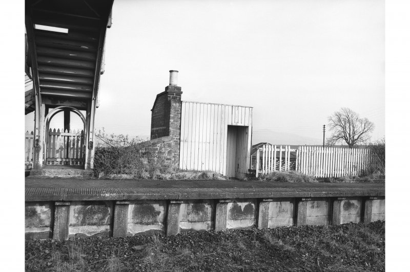 Hassendean Station, small shelter View from NW