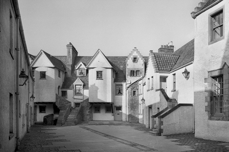 View of White Horse Close