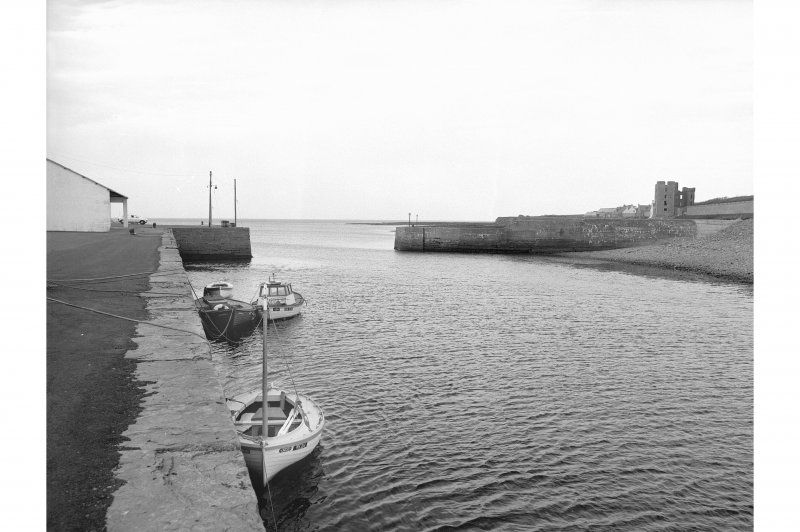 Thurso Harbour and Castle View from SW