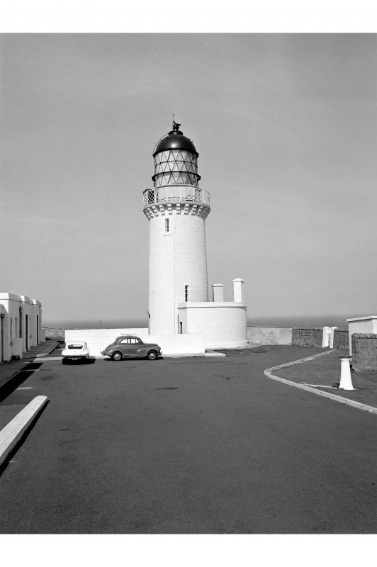 Dunnet Head Lighthouse View from E showing tower