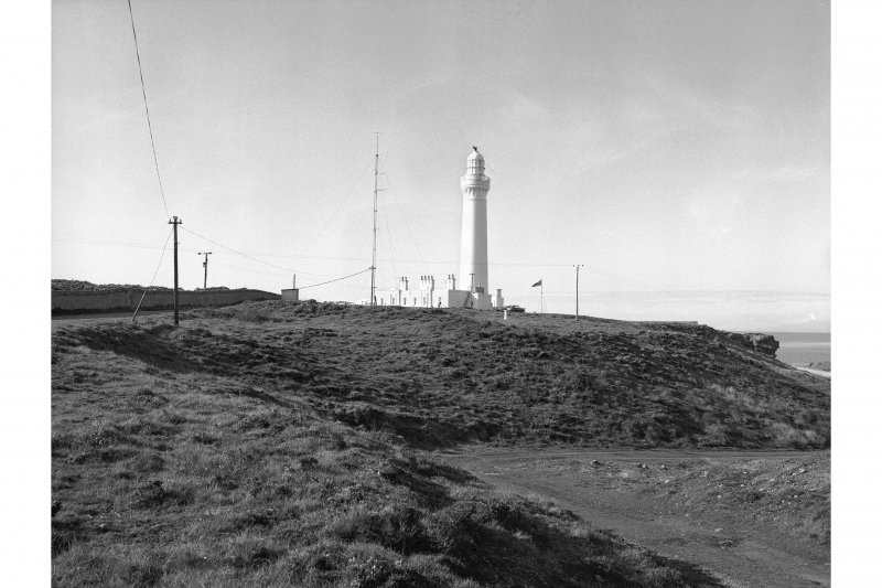 Covesea Skerries Lighthouse General view from SSE