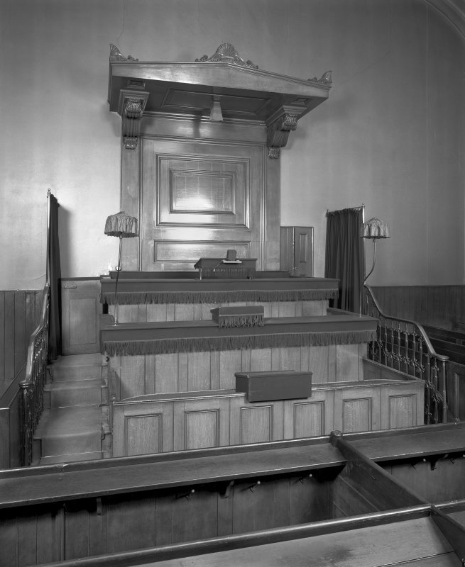 Glasite Meeting House, (former Chapel) 33 Barony Street, Edinburgh, interior. View of pulpit