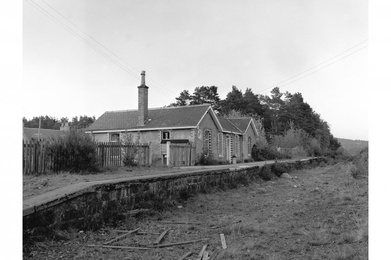 Dinnet, Station View of platform and Station house, from SE