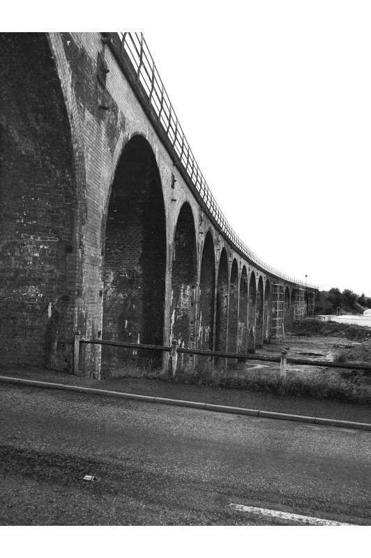 Ferryden Viaduct Detailed view of E facing side, from SW