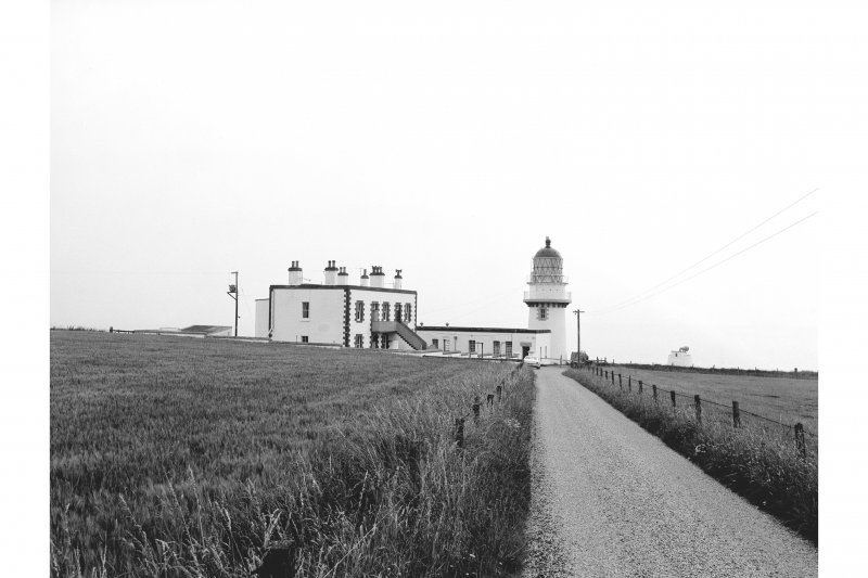 Todhead Lighthouse View from WSW showing keepers' cottages and tower