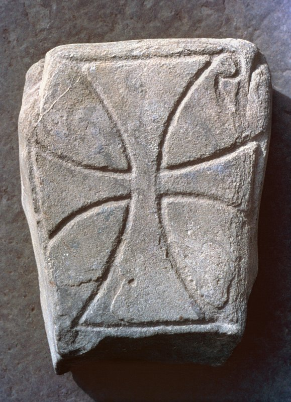 Cross-incised grave-marker LAPIS ECHODI (Iona no.22). View of face.