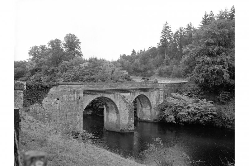 Drumlanrig Bridge View of downstream face, from S