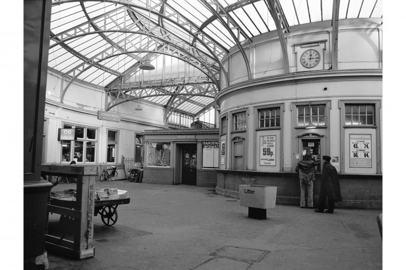 View of entrance foyer and booking office, Stirling Station, as seen from entrance, from W.