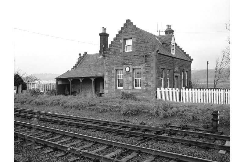 Forteviot Station View from SE showing SSE front and ENE front