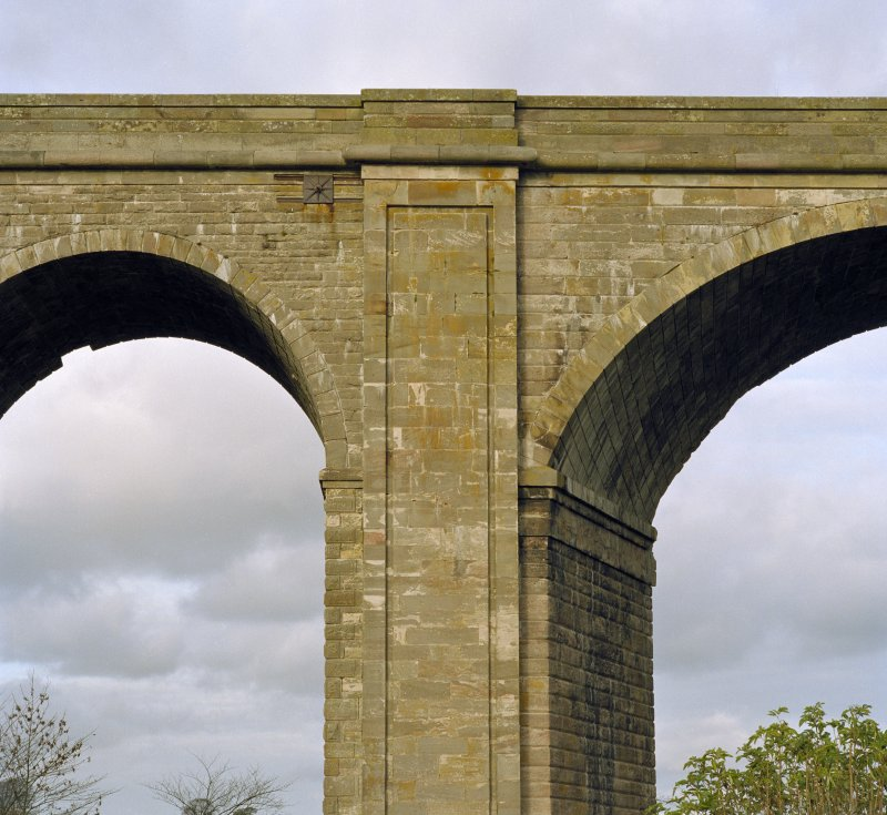 Detail of the parapet and spandrel of the Roxburgh Railway Viaduct from the North West