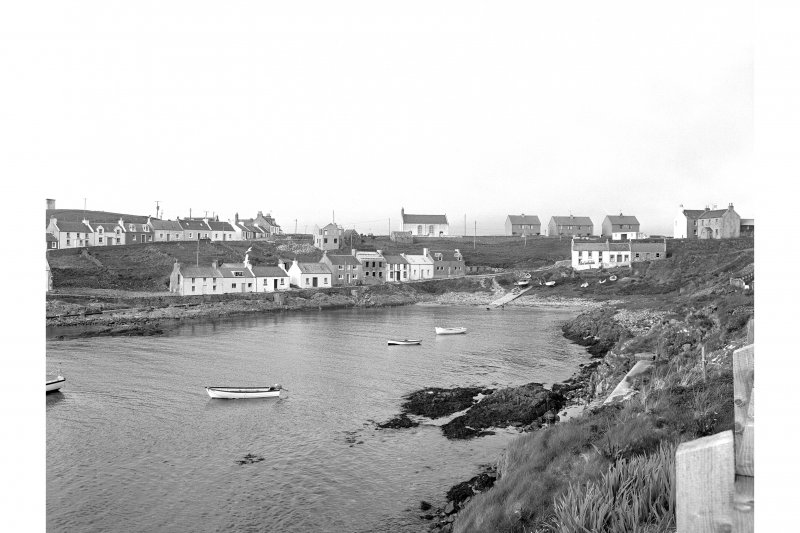 Islay, Portnahaven General view from SW showing central section of Portnahaven