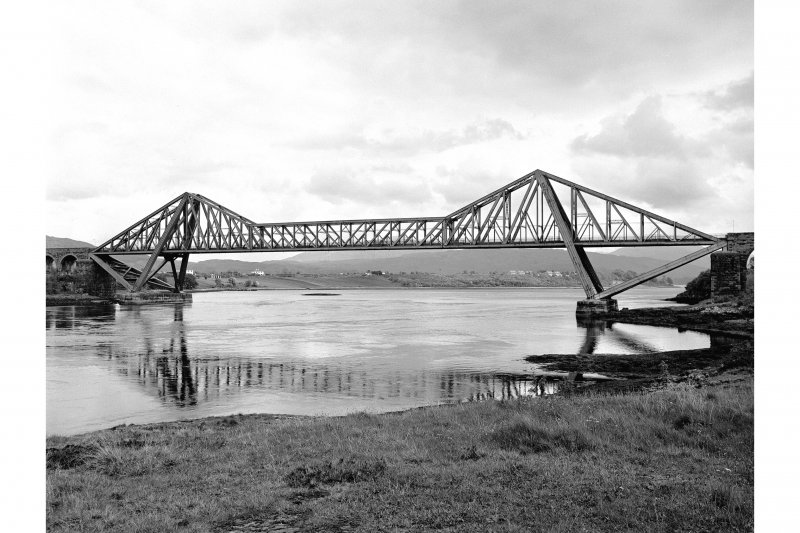 Connel Bridge General View