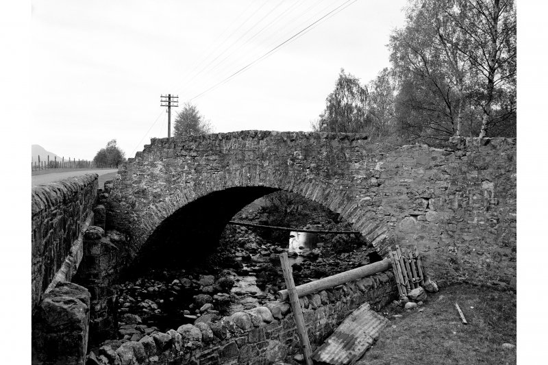 Dundreggan Farm ,Bridge General View