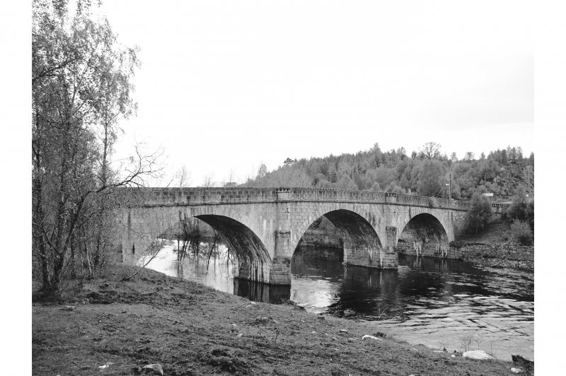 Torgyle Bridge General View