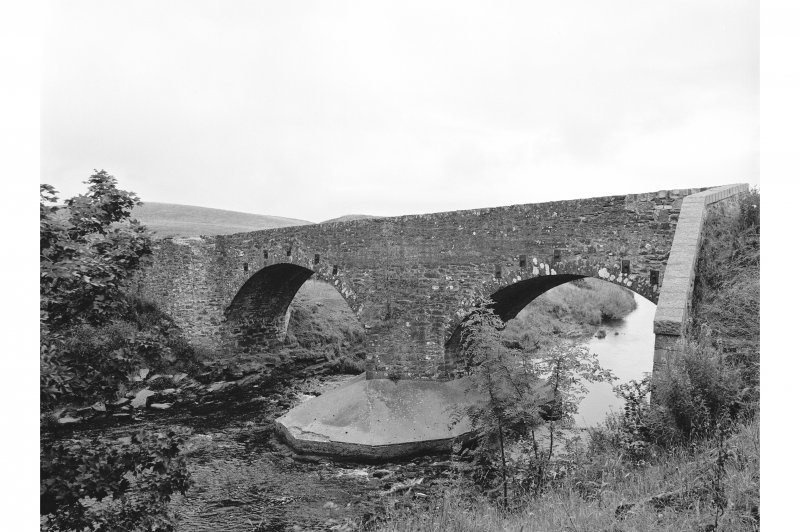 Kinbuck, Bridge General view