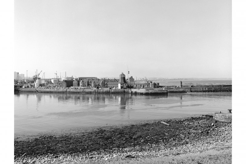 Aberdeen Harbour, Pocra Quay General View