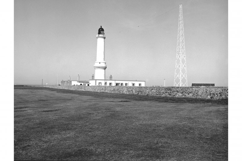 Aberdeen, Girdleness Lighthouse General View