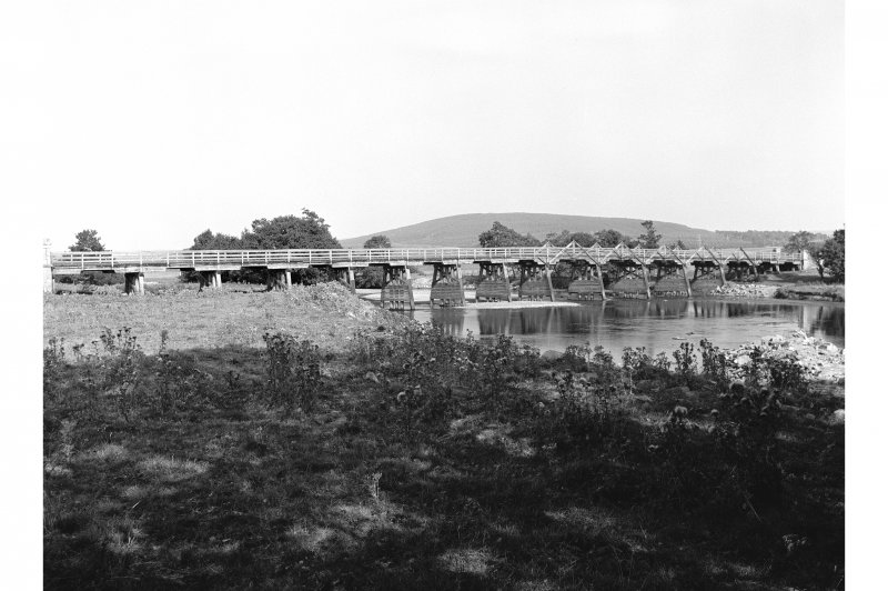 Broomhill Bridge General view
