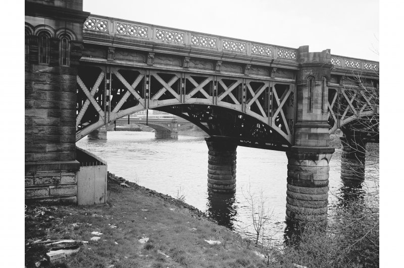 Glasgow, Clyde Street, Union Bridge View from NNW showing N arch on NW front
