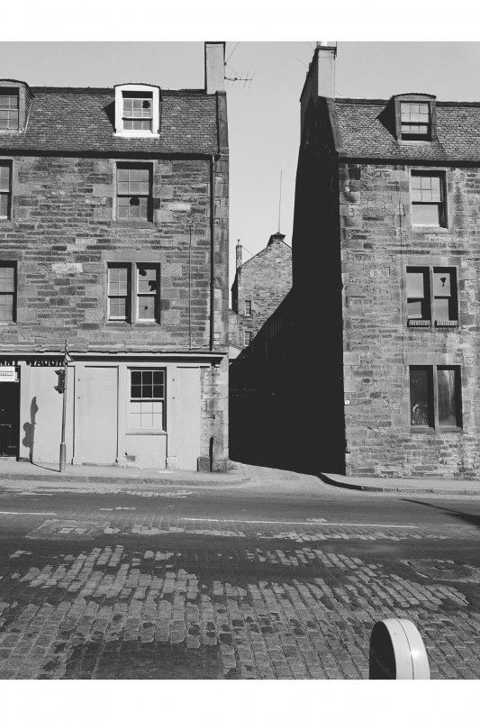 Edinburgh, 41-49 Holyrood Road, Tenement and Shop View looking NW along alley way between numbers 49 and 53 with brewhouse in background