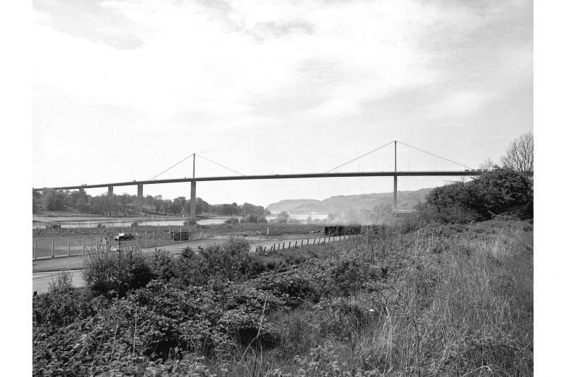 Erskine, Erskine Bridge General View