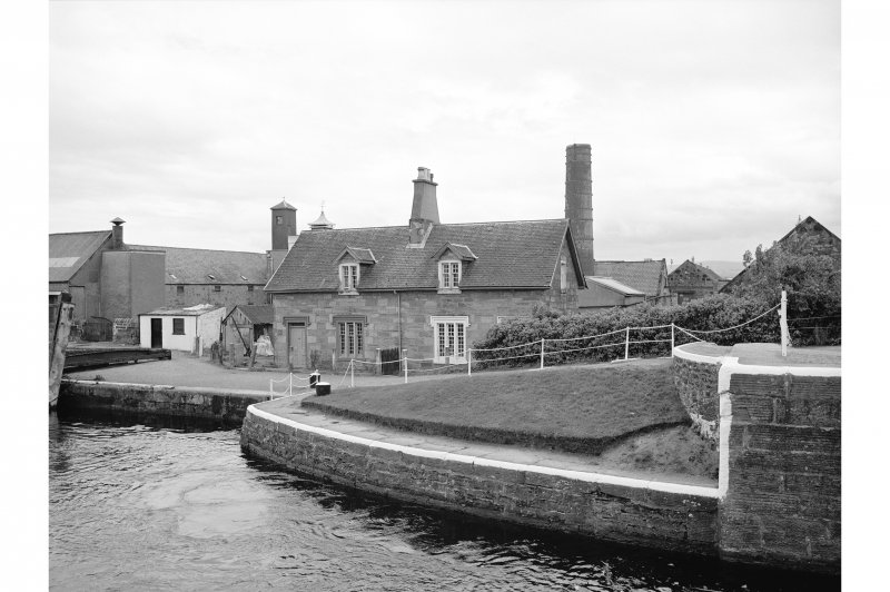Inverness, Muirtown Locks, Lock-Keeper's Cottages General View
