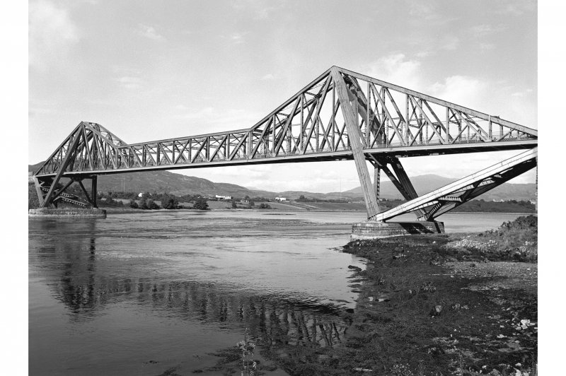 Connel Ferry Bridge General view showing single cantilever span