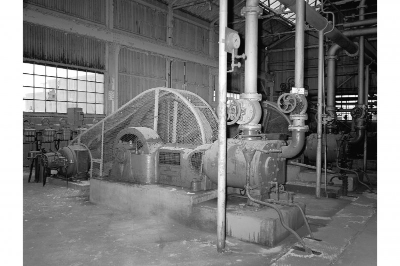 Grangemouth Refinery, Interior View showing sulphur dioxide vacuum pump in Aromatic Separating Plant